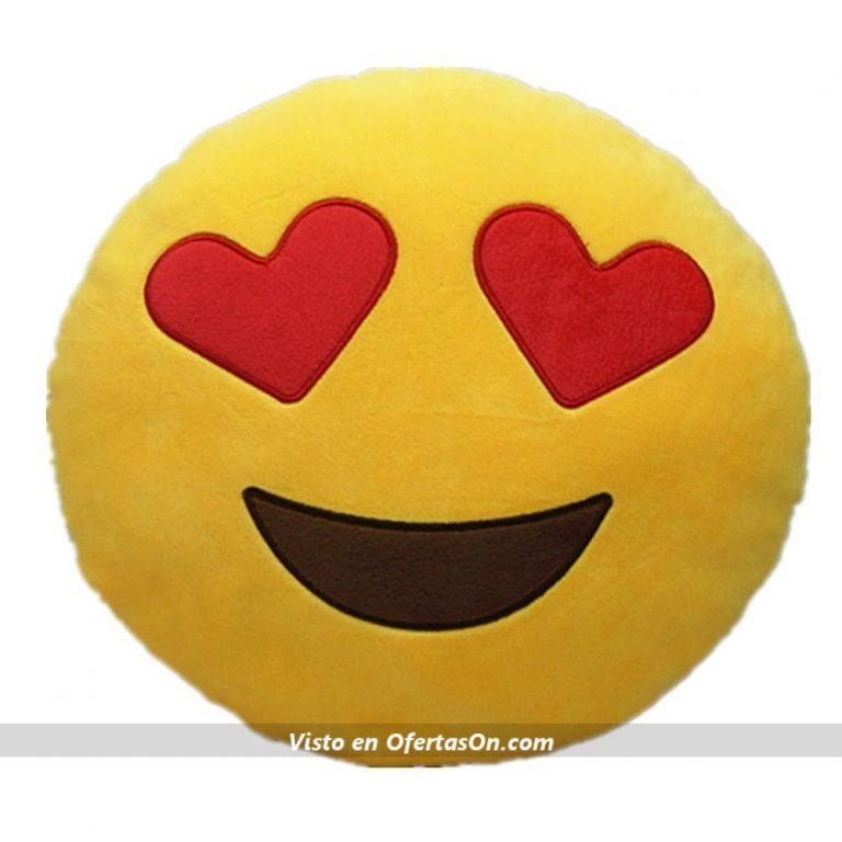 cojin emoji sonrisa con corazones en los ojos