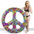flotador gigante simbolo de la paz