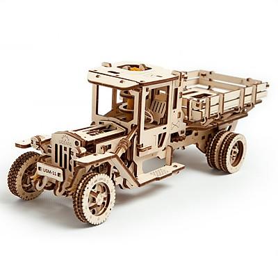 camion ugm-11 de ugears