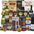 Cesta de Navidad Sadival con ibericos 4 botellas de vino y variedad de turrones y dulces